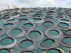 After sheeting, the silage clamps are covered with protective nets to prevent holes. Sealed round the edges with gravel bags and covered with Lorry Tyre Sidewalls to apply an even weight to the surface of the pit