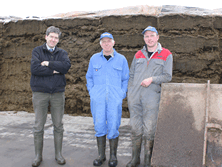 Richard Webster commented 'I simply don't see any waste or bad silage on Steve's silage pits. He does the job right. It comes in clean, it is always well rolled, it has Goldshake additives and it is well sealed with Silostop.'